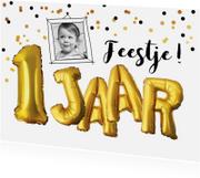 Kinderfeestjes - Kinderfeestje 1 jaar confetti en tekst ballonnen goud