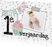 Kinderfeestjes - Kinderfeestje confetti slingers foto meisje