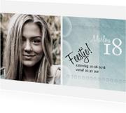 Moderne uitnodiging met foto en grijsgroene achtergrond