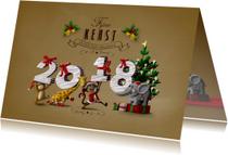 Kerstkaarten - Kerstkaart diertjes dragen jaartal pakjes naar kerstboom
