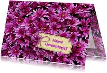 Mooie bloemenkaart met Chrysanten en kaartje voor tekst