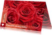 Bloemenkaarten - Mooie bloemenkaart met rode rozen om iemand te feliciteren