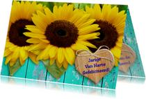 Verjaardagskaarten - Verjaardagskaart Zonnebloem met hartje en wens