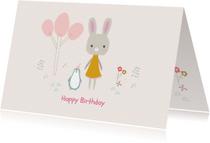 Vrolijke en hippe verjaardagskaart lief konijn en pinguïn