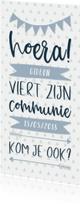 Communiekaarten - Communiekaart typografisch met slingers en pijlen jongen