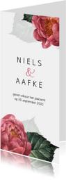 Stijlvolle trouwkaart met roze pioenroos