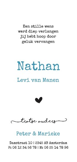 Geboortekaart met zwarte hartjesregen en blauwe letters Achterkant