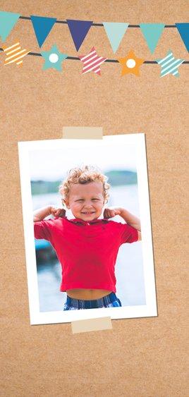 Kinderfeestje kraft kaart met foto's en slingers 2