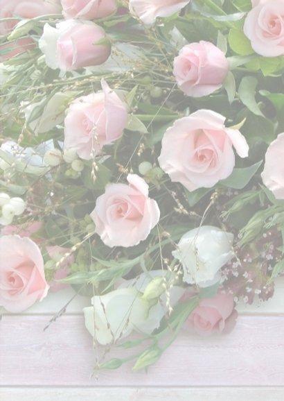 Bos rozen met hout en gelukswens op houten hart 3