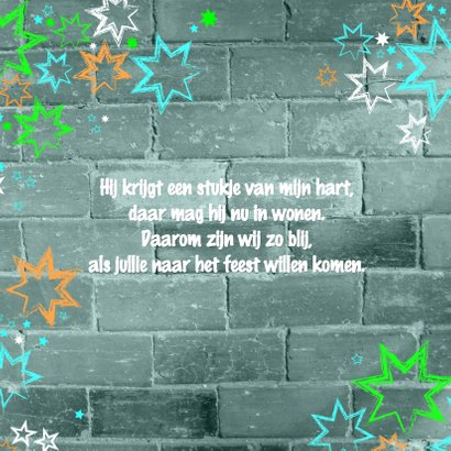 Communie uitnodiging stoer met een muur en sterren 2