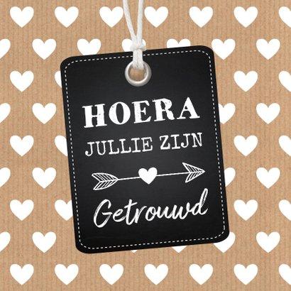Felicitatie huwelijk getrouwd label hartjes kraft 2
