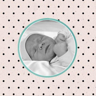 Geboortekaart met bloemenkrans 2