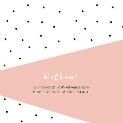 Geboortekaartje zwarte stipjes met roze vlak en goud hartje 2
