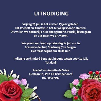 Jubileumkaart rozen op blauwe achtergrond met foto 3