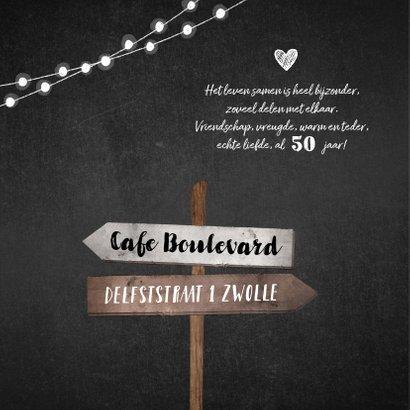 Jubileumkaart uitnodiging hip met wegwijzers en eigen foto 2