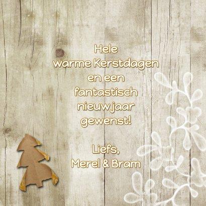 Kerstkaart trendy hout en papier kerstboompjes 3