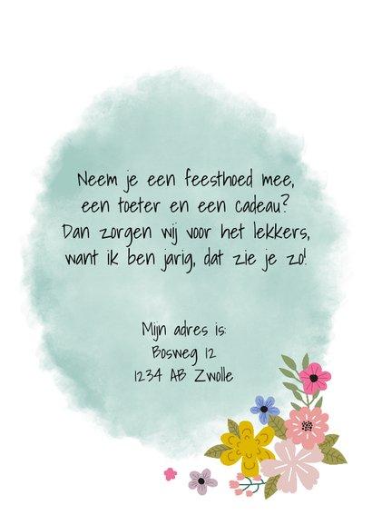 Kinderfeestje uitnodiging met eenhoorn en bloemen 3