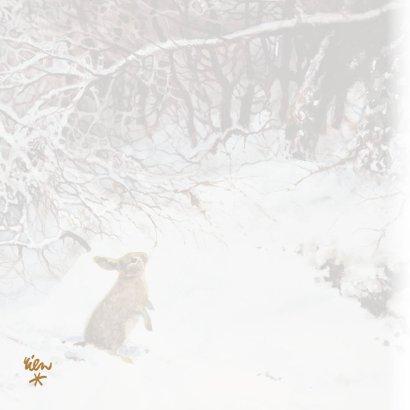 Natuurkerstkaart met wintertafereel 'Konijn in winterbos' 2