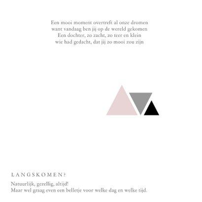 Stoer geboortekaartje voor een meisje met driehoekjes 2