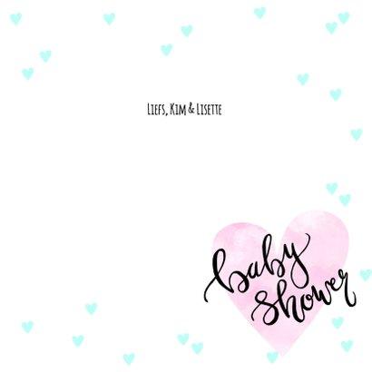 Uitnodiging babyshower hartjes en tekst 3