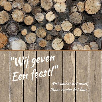 Uitnodiging feest label en hout  2