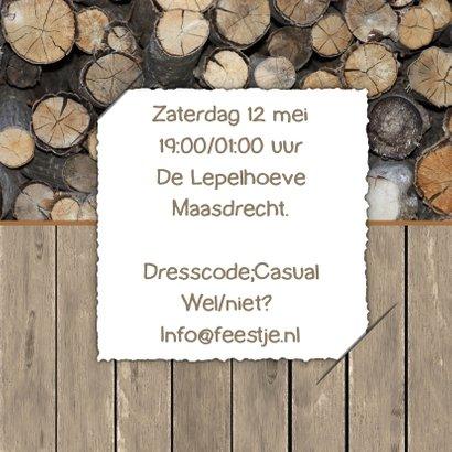 Uitnodiging feest label en hout  3