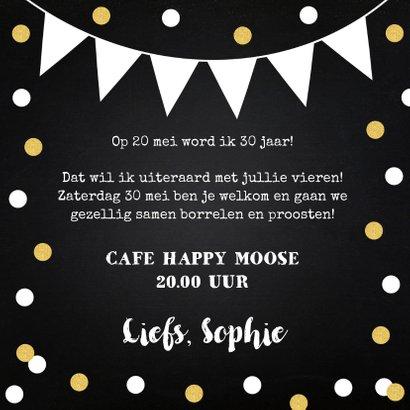 Uitnodiging feestje fotocollage confetti goud krijtbord 3