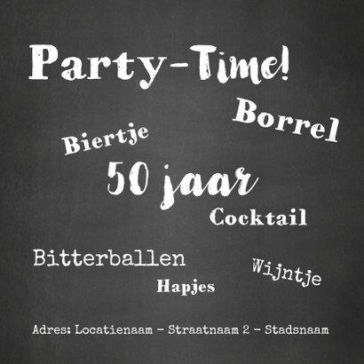 Uitnodiging Party-Time kaart krijtbord en sterren goud 2