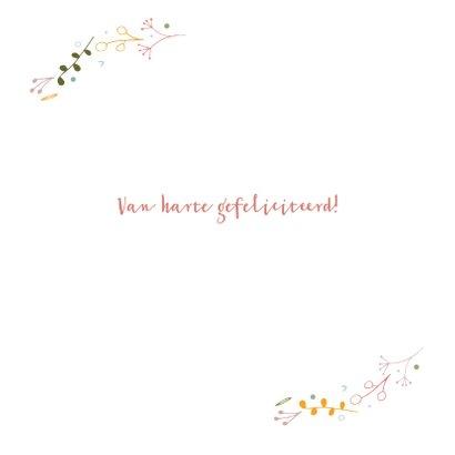 Verjaardagskaart met bloemen en blaadjes 3